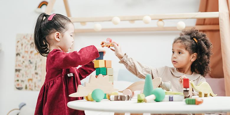 Waarom houten speelgoed de beste keuze is voor je kind!