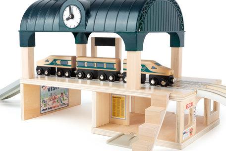 Treinbaan met groot station - 31 delig - spoorwegen