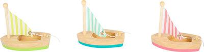 Zeilbootjes - drie stuks